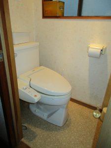 渡り廊下トイレ