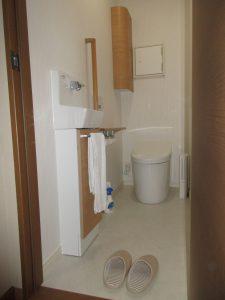 トイレ施工後B